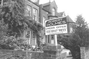 Robert Holmes & Co. under offer board