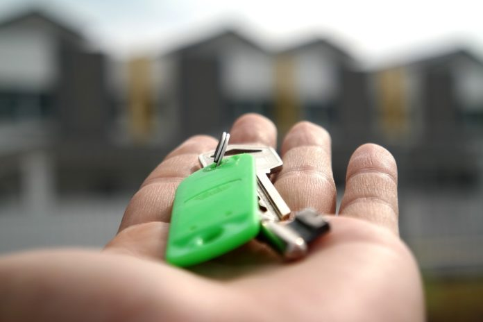 Finding The Right Property Conveyancing Solicitors In The UK