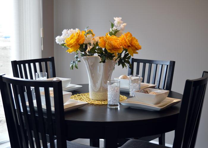diningroom table decor
